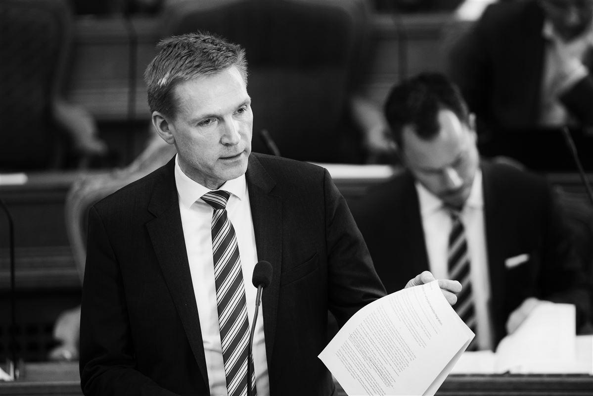 DF-formanden lægger markant afstand til Anders Samuelsens ultimative krav om topskattelettelser men vil ikke give et klart svar på, om han selv kan ende med at acceptere topskattelettelser i som en del af en 2025-plan.