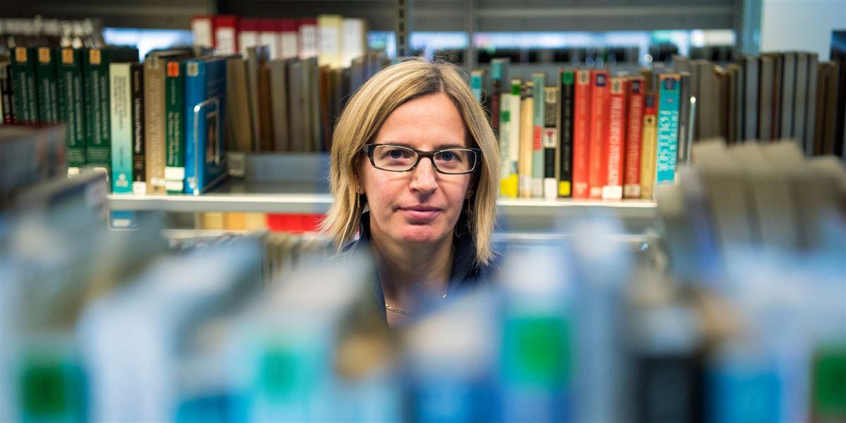 Den norske forsker Claudia Morsut er en af de millioner af europæere, der må tage til takke med at være tidsbegrænset ansat.»Jeg håber og drømmer om, at ... arbejdet jeg udfører vil kaste et fast og sikkert job af sig,« siger hun.