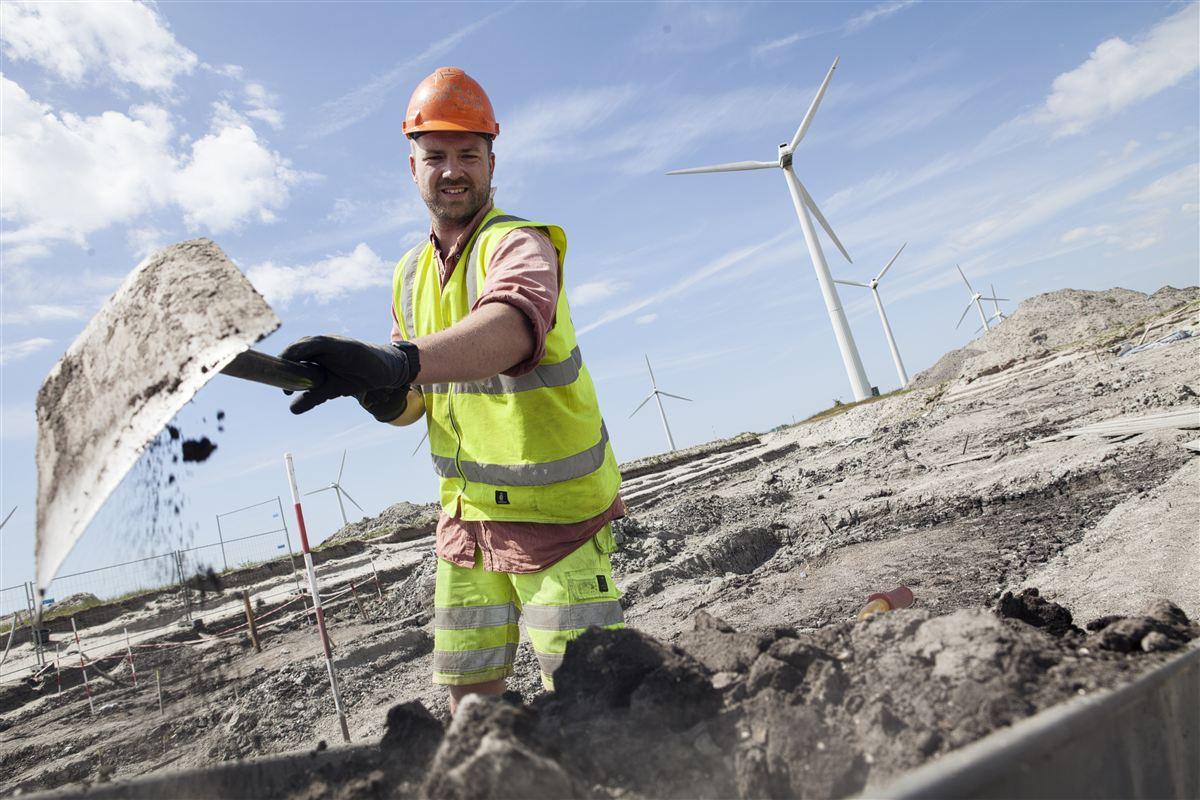 Byggeriet af blandt andet Femern-forbindelsen kaster tusinder af job af sig. Men skal projekterne for alvor give vækst i Region Sjælland, skal der uddannes flere faglærte.