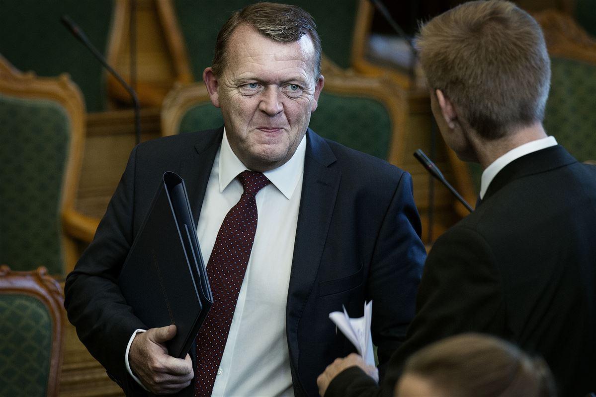 Statsminister Lars Løkke Rasmussen skal lige huske, at ikke alle danskere har hus, job og et godt helbred, pointerer HK-formand Kim Simonsen.