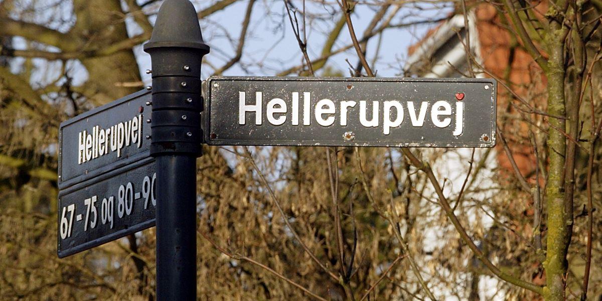På Hellerupvej nord for København bor en del af de rige, som ifølge en ny opgørelse sidder på en stor del af værdierne i Danmark. Med regeringens politik kan de rige lægge endnu større afstand til resten af Danmark, mener Socialdemokratiet og SF.