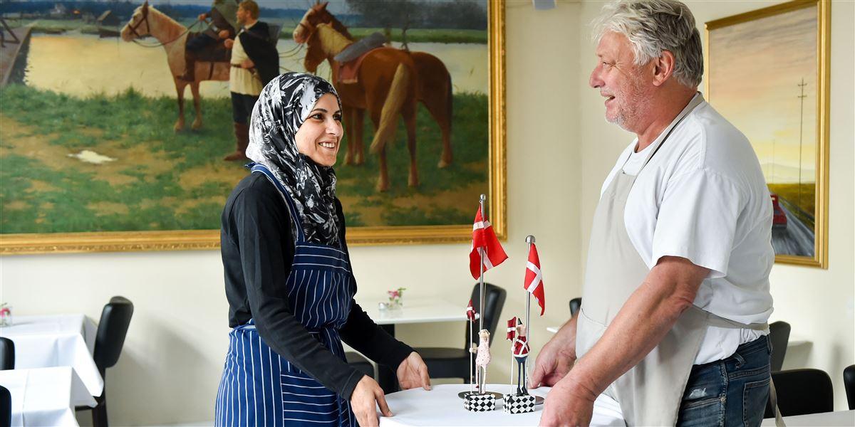 Indvandrere i København bliver i forholdsvis stor stil ansat i kommunen. I Aarhus og Odense derimod afspejler de kommunalt ansatte langt fra sammensætningen af borgerne.
