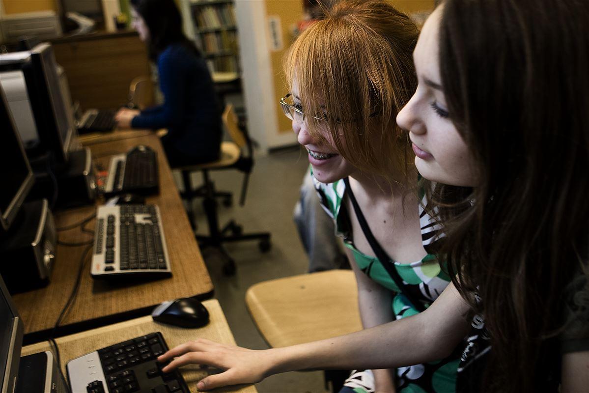 Hvis piger allerede i folkeskolen får øjenene op for it, kan det påvirke deres uddannelsesvalg senere i livet, mener blandt andre Adam Lebech, branchedirektør i DI Digital.
