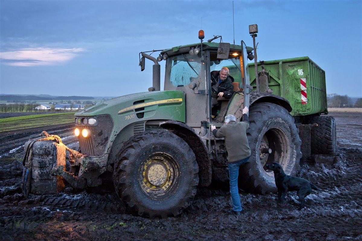 10.627 danskere over 67 år ernærer sig inden for landbrug. Dermed er landbrug den største branche for seniorer.