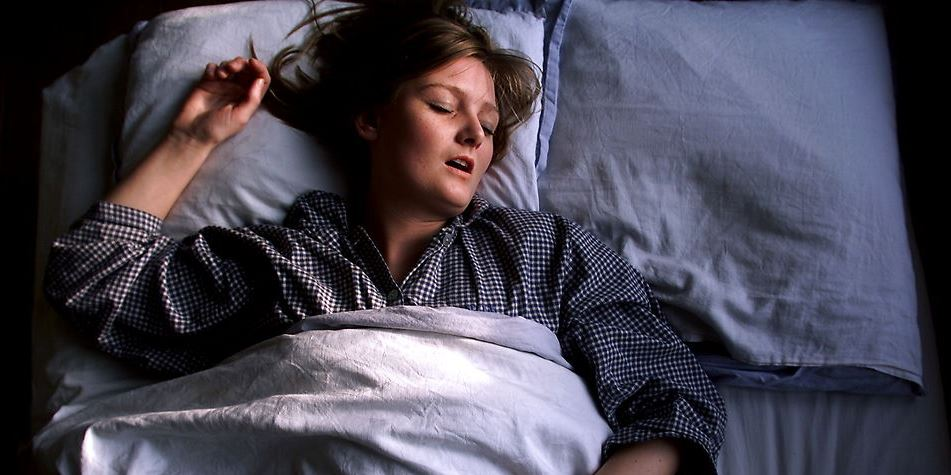 En rolig nattesøvn giver livskvalitet. Sover du dårligt gennem en længere periode, rammer det koncentrationen, hukommelsen, læringen og din reaktionsevne. Så det er ikke spor underligt, at emnet optager arbejdsgiverne.