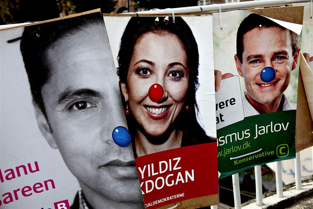 Danskernes tillid til politikerne er historisk lav. Og det bærer de folkevalgte selv en del af ansvaret for, mener næstformand for Folketingets præsidium, Bertel Haarder.