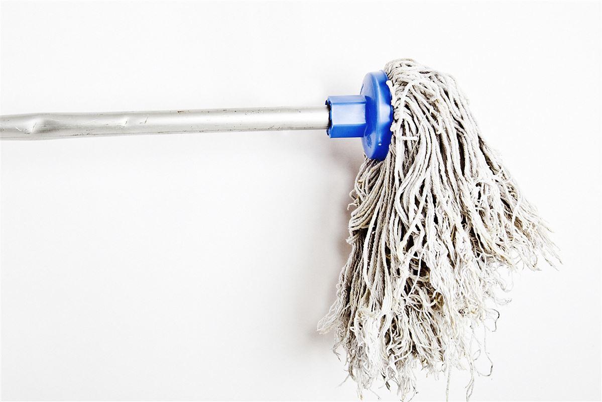 Firmaet bag en rengøringsaspp har fået flere henvendelser fra kontanthjælpsmodtagere, der gerne vil leve op til 225 timers reglen med nogle timers ugentlig rengøring. Deres kommuner vil ikke anerkende arbejdestimerne - men gerne trække indtægten fra kontanthjælpen.