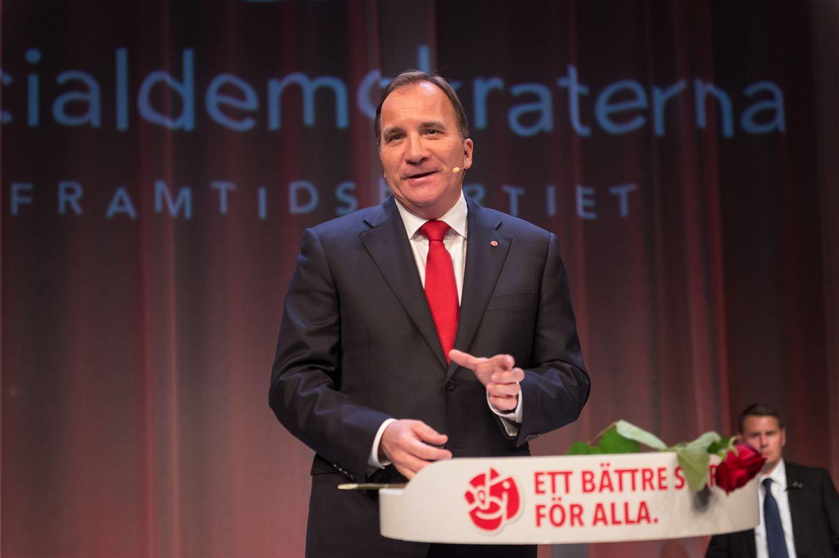Højere skat og bedre velfærd! Sveriges statsminister Stefan Löfven bebuder et opgør med new public management.