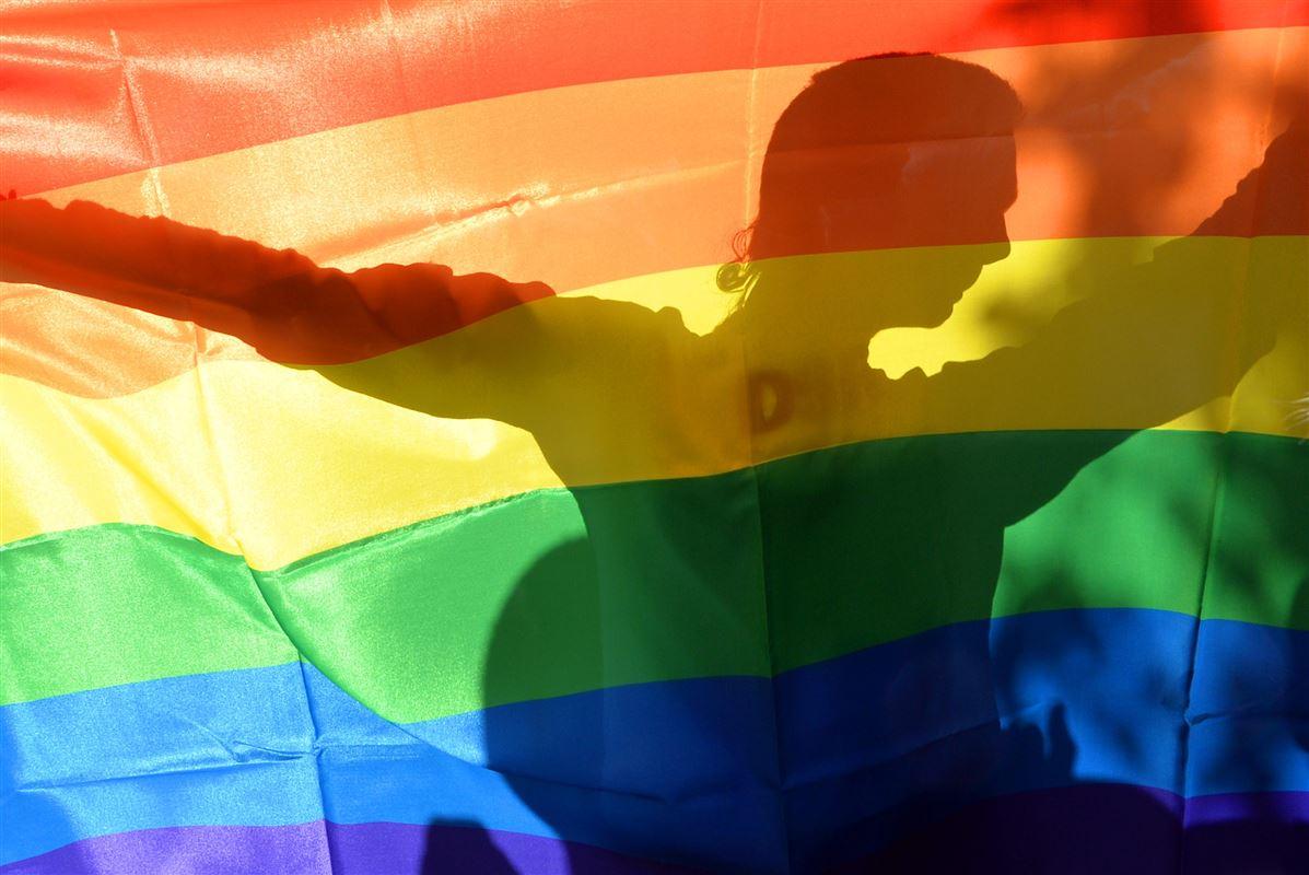 Til Copenhagen Pride springer man ud. Men ny undersøgelse viser, at fire ud af ti homo- og biseksuelle samt transkønnede danskere skjuler deres seksualitet helt eller i mindre grad på arbejdspladsen.