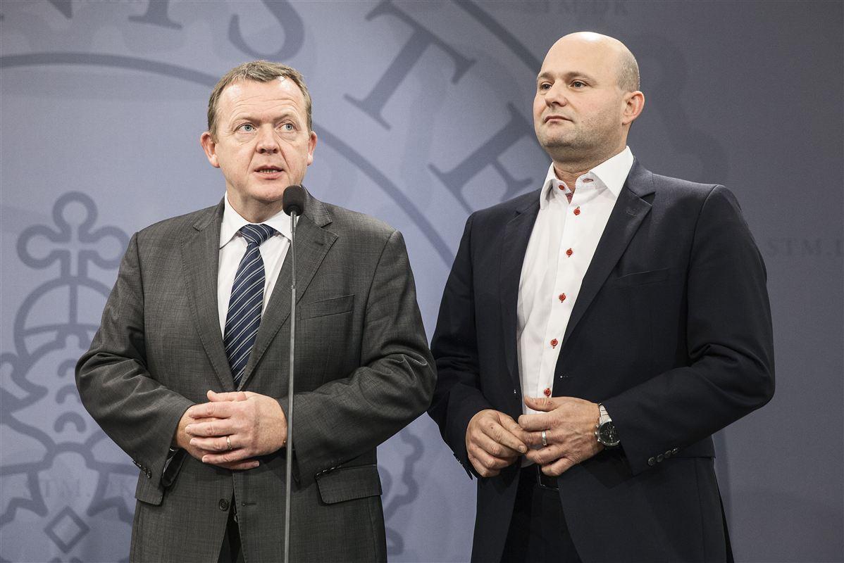 Problemerne tårner sig op i blå blok, og sidste uges opgør mellem Lars Løkke Rasmussen (V) og Søren Pape Poulsen (K) er sandsynligvis kun begyndelsen på et turbulent 2016 med masser af blå slagsmål.