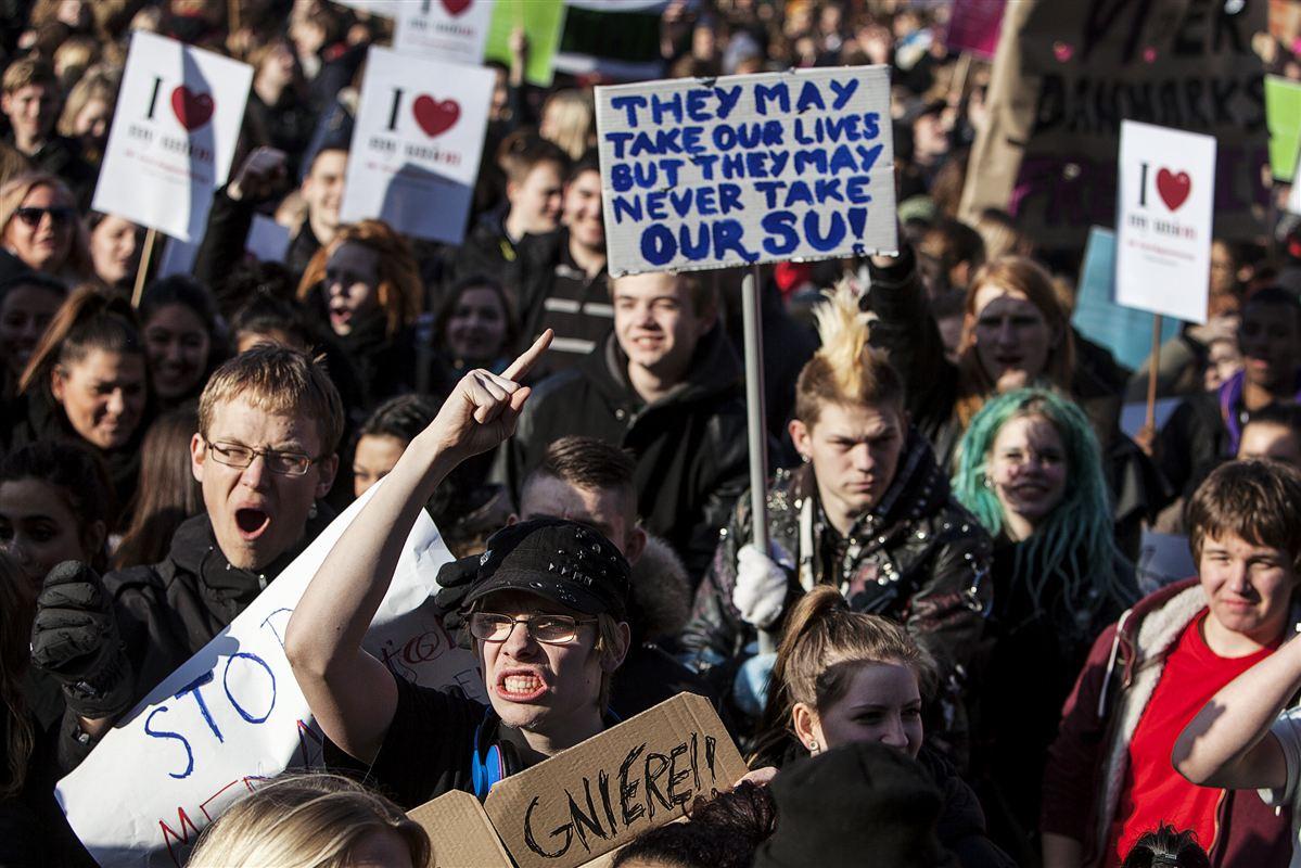 For to år siden gik studerende på gaden i protest mod regeringens SU-reform.