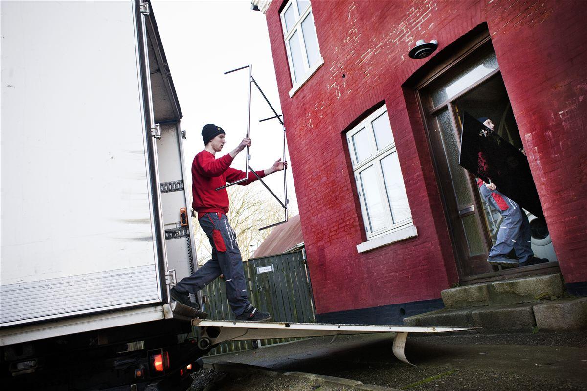 Flyttebiler med østeuropæisk indbo har kurs mod Udkantsdanmark. Flere landkommuner har tredoblet antallet af østeuropæiske indbyggere siden 2008.
