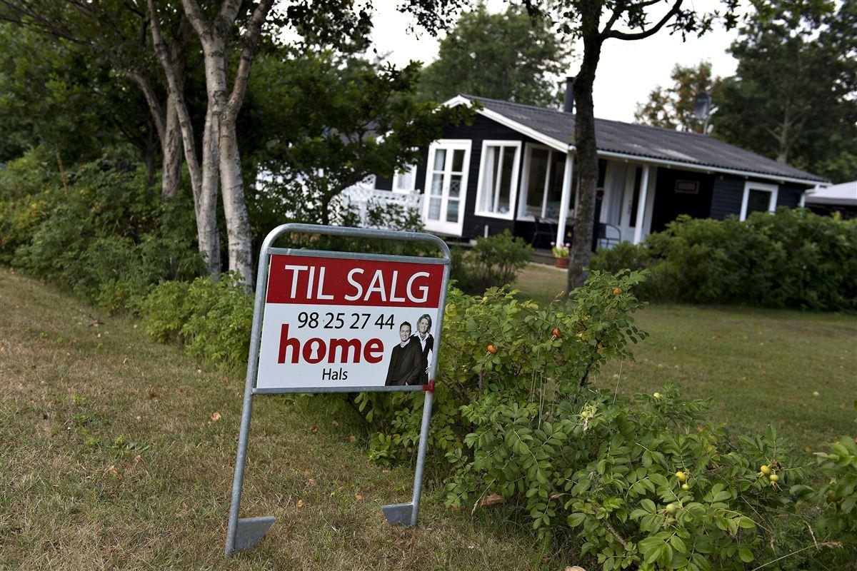 For 20 år siden var det helt udelukket, men om 10-15 år vil udlændinge få lov at købe ejendomme i Danmark, mener lektor i grænseregionsforskning, Nils Karl Sørensen.